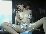 Asian girlfriend bubble bath pussy massaging
